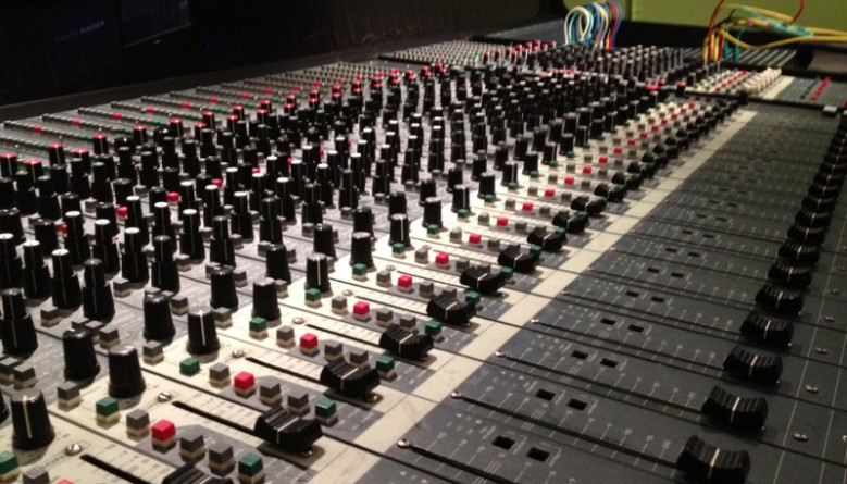 Kookie_Studio_Mixer