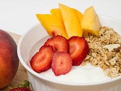yogurt granola