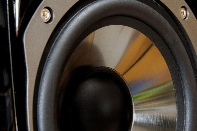 speakers-864497_1280