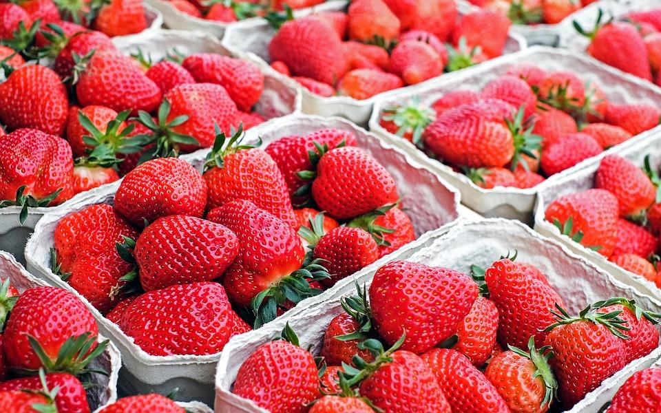 fresa, efecto, ácido fólico, Vitamina C
